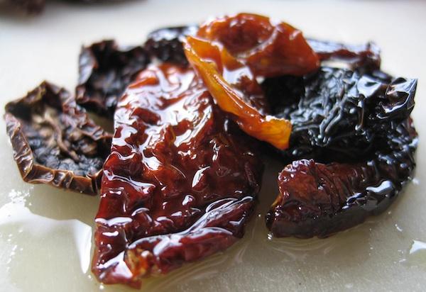 Sušena rajčica iz maslinova ulja (Fotografija Božica Brkan)