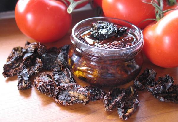 Svježa te Brkanovićeve osušena i osušena spremljena u maslinovo ulje (Fotografija Božica Brkan)