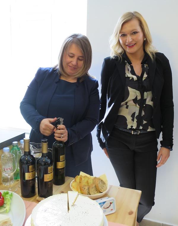 Pripreme za sljubljivanje:Ljiljana Vajda Mlinaček i Tihana Vujčić (Snimila Božica Brkan / Oblizeki)