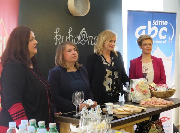 Četiri dame, četiri aduta: iz Belja Darija Kostelić i Ljiljana Vajda Mlinaček te iz PIK-a Vrbovec Tihana Vujčić i  Ines Bertinovec (Snimila Božica Brkan / Oblizeki)