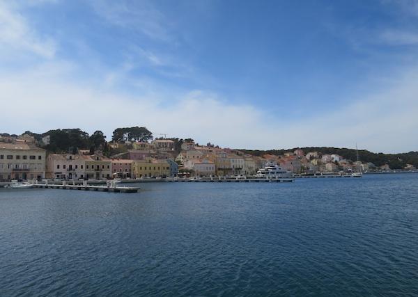 Gostoljubiv najveći otočki grad pruža bogate programe tijekom cijele godine (Snimila Božica Brkan / Oblizeki)