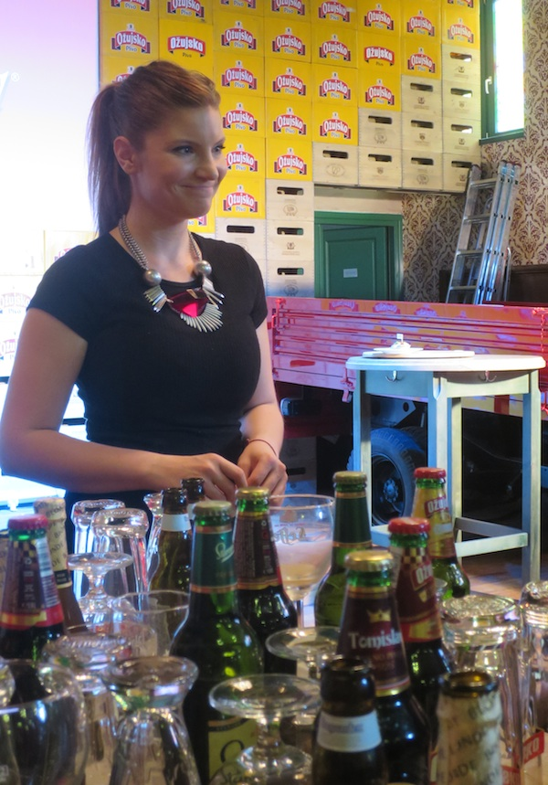 Iva Pehar u svijetu piva (Snimila Božica Brkan / Oblizeki)