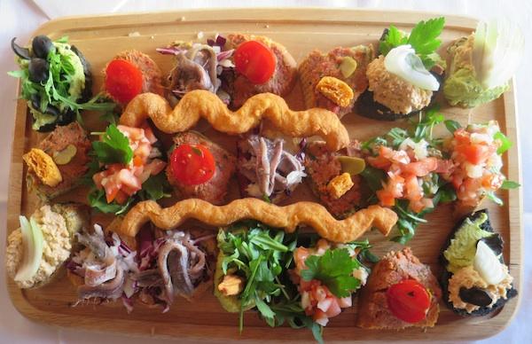 Prigrisci na mediteranski, primorski način u restoranu Kantunić (Fotografija Božica Brkan / Oblizeki)