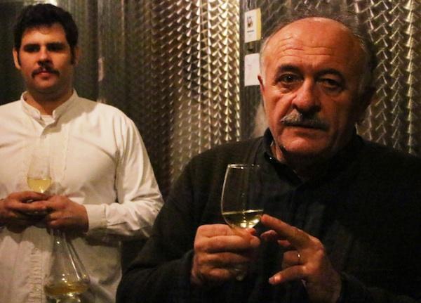 Osnivač jedinstvenoga seoskog turizma Kezeleovih Drago i nastavljač Janko (Fotografija Goran Gazdek / Oblizeki)