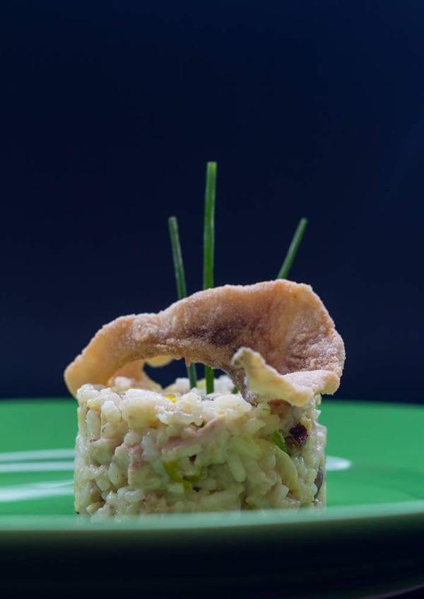 Nesvakidašnja kombinacija dva jela od šarana: rižota i čipsa (Fotografija privatni album)
