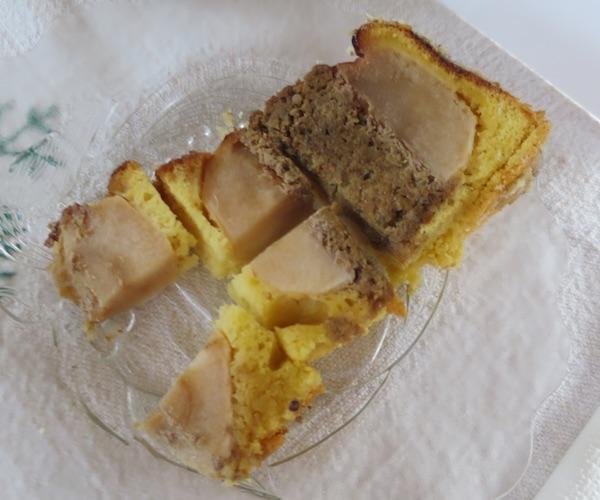 Pobjednička torta narezana u zalogaje (Fotografija Božica Brkan / Oblizeki)