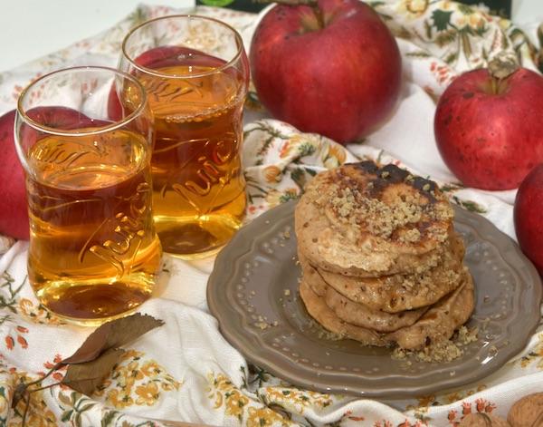 Palačinske i sok - promocija robne marke i zdrava doručka (Fotografija Juicy)