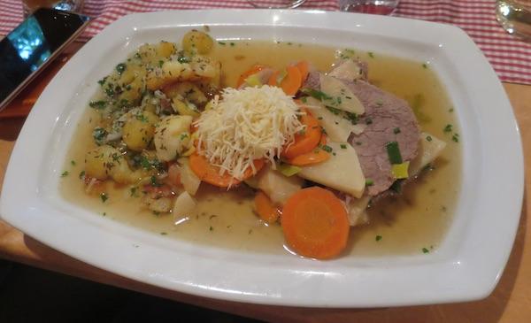 Tafelšpic poslužen na način salcburškog restorana Zum Guten Hirten (Fotografija Božica Brkan / Oblizeki)