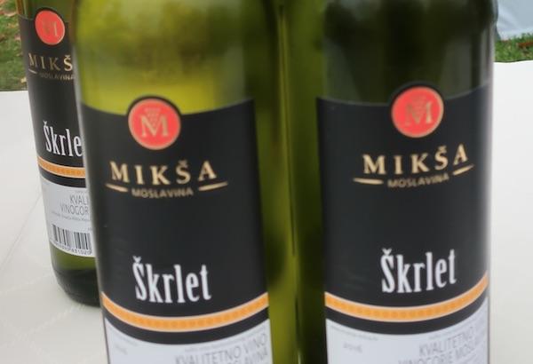 Etiketa Mikšina škrleta (Fotografija Božica Brkan / Oblizeki)