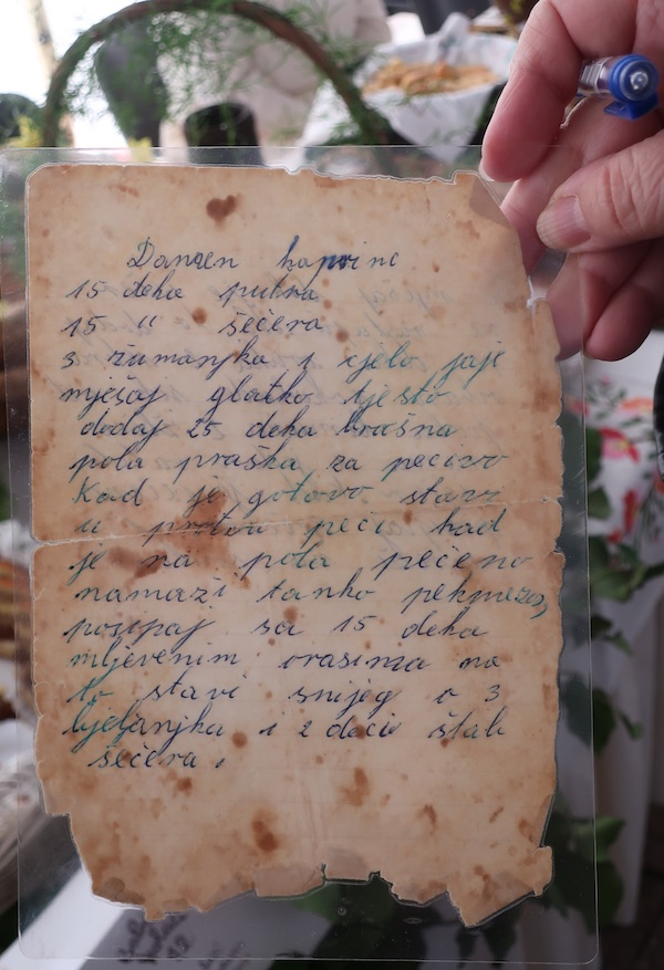 Sačuvana rukopim pisana stara receptura (Fotografija Miljenko Brezak / Oblizeki)