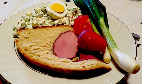 Šunku u kruhu na uskrsnom stolu neće imati ni 10 posto hrvtaskih kućanstava (Fotografija Oblizeki)