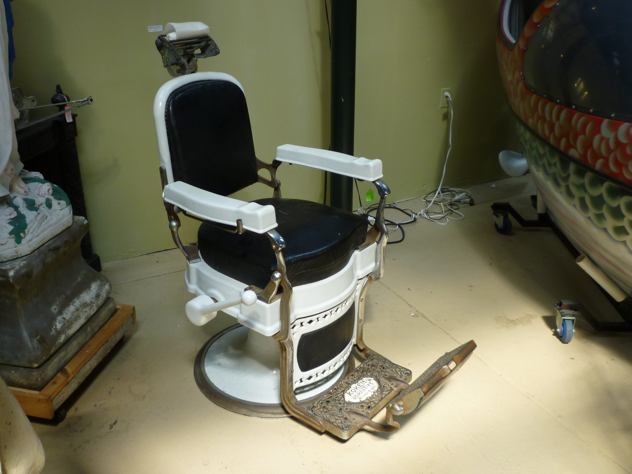 Koken Barber Chairs 1930 S Koken Barber Shop Barber Chair Obnoxious Antiques