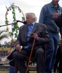 Gore Vidal Speaks to San Diegans for Peace