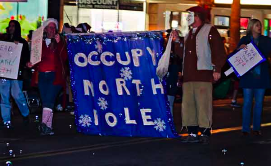 OB xmas parade occupy no pole