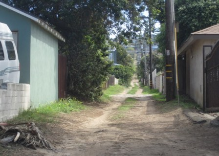 OB District 7 Alley east