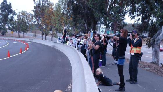 SeaWorld protest 4-20-14 za 01