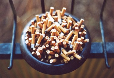 cigarettes-in-bowl