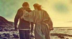 joven-caminando-con-jesus-copy