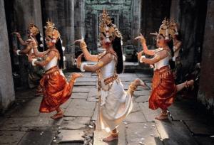 Interracial datovania indických rodičov