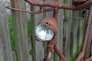 Fahrradbeleuchtung_rostige-Lampe