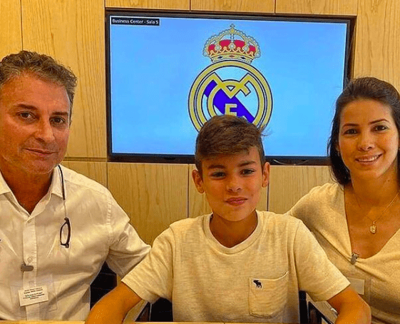 Joven venezolano firma contrato con el Real Madrid