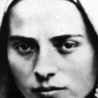 •La Inmaculada Concepción y Santa Bernadette Soubirous.