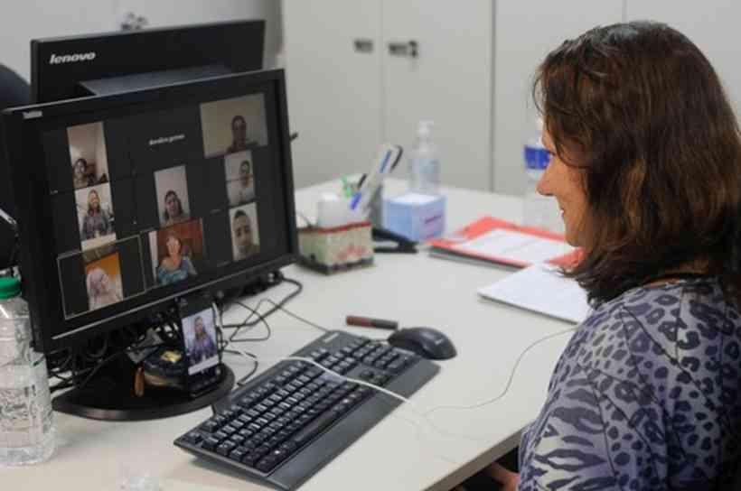 TCI leva apoio emocional a alunos universitários