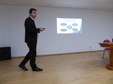 Presentación de Hector Brottons