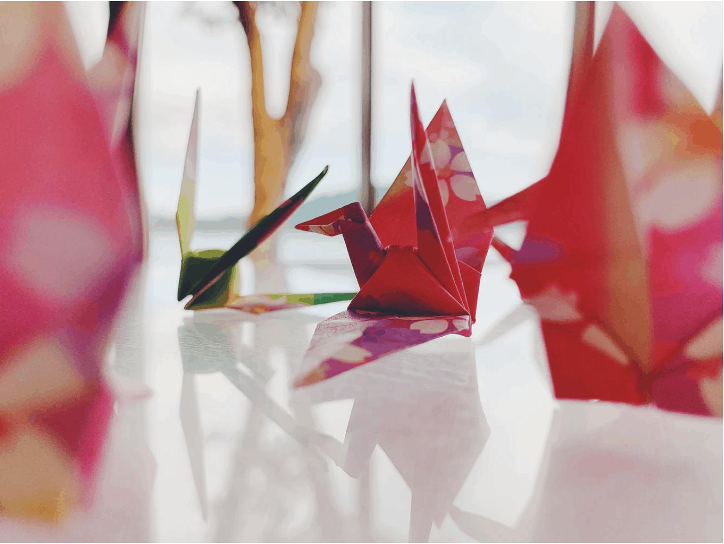 Paper Cranes Bringing Hope to the World | Nippon.com | 1068x1422