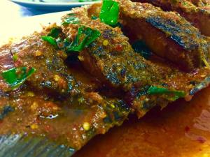 Deep fried fish in sweet & spicy sauce