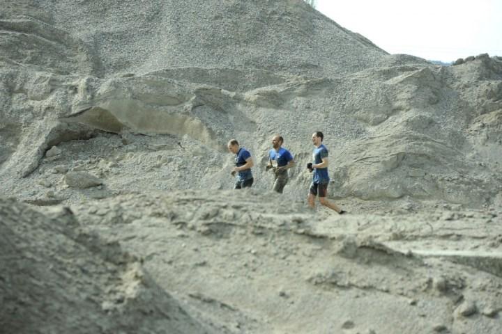 The Mud Day - Pays d'Aix 2016 - 04/09/2016 - Peyrolles-en-Provence - France - Mud Guys sur le parcours