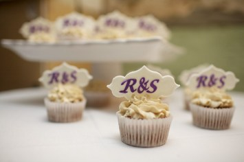 Monogram Cupcakes Closeup (1024x683)