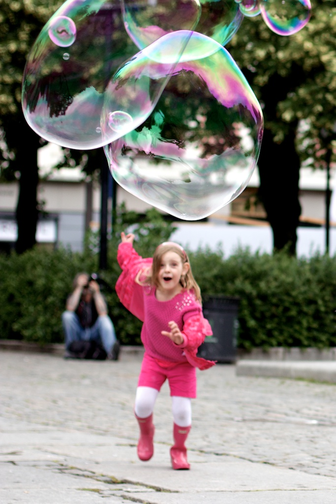 Chasing bubbles in Oslo