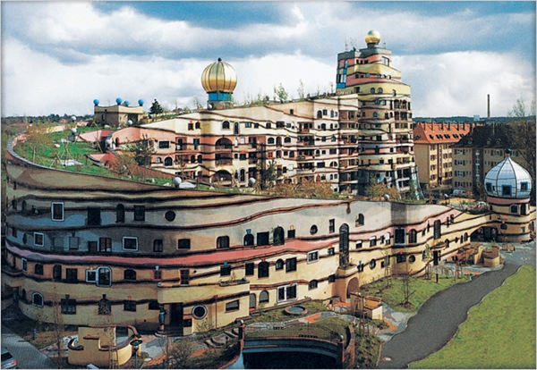 forest-spiral-by-hundertwasser-the-unique-house-in-germany-6.jpg