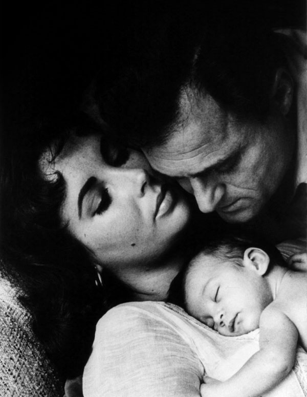 03_Liz_Taylor_Todd_and_Mike_Todd_1957.jpg