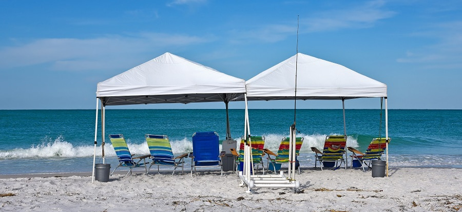 Local Laws: Shade Can Leave Shadow on Beach Etiquette