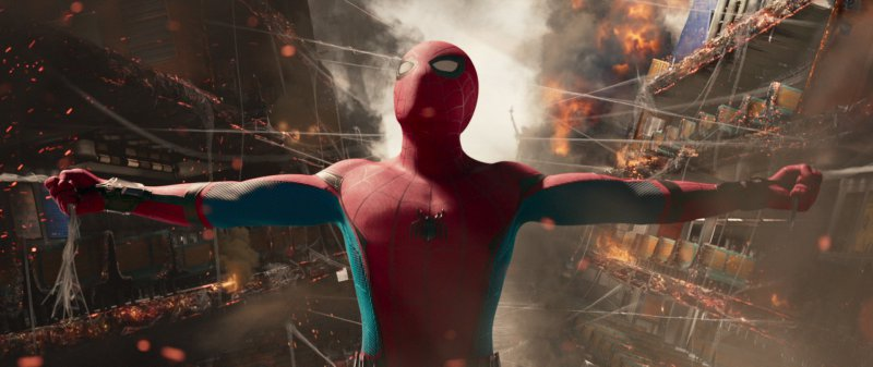 Spider-Man holds it together in 'Homecoming'.