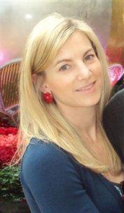 Devonshire Place Real Estate Sales Agent, Heather Sakers