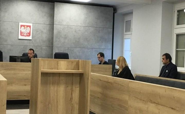 Leszek Pielin przed sądem w Gorzowie Wielkopolskim za naklejenie klepsydry na drzwiach biura minister Rafalskiej