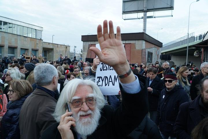 Solidarity in truth. Prawda ipojednanie naDworcu Gdańskim