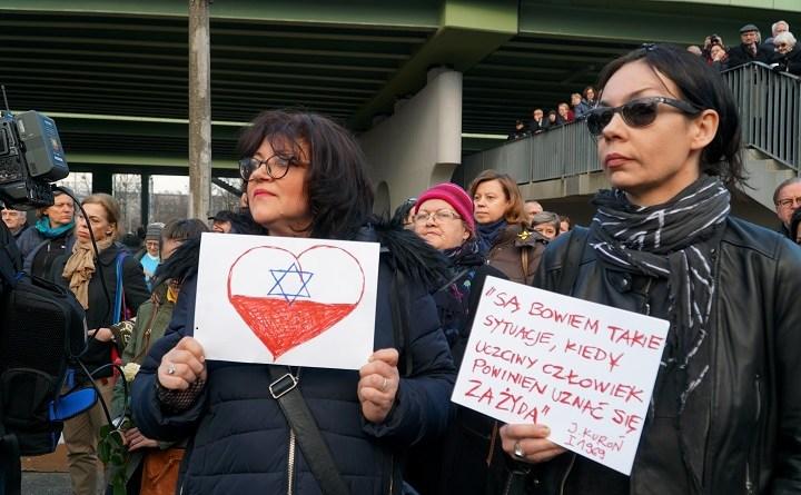 Solidarity in truth. Prawda i pojednanie przy Dworcu Gdańskim w Warszawie
