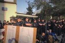Protest Obywateli RP przed sejmowym biurem przepustek