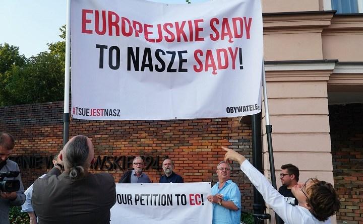Pikieta Europo, nie odpuszczaj w Warszawie, czerwiec 2018