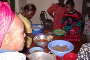 Noèl : Des enfants organisent un repas communautaire pour leurs camarades démunis