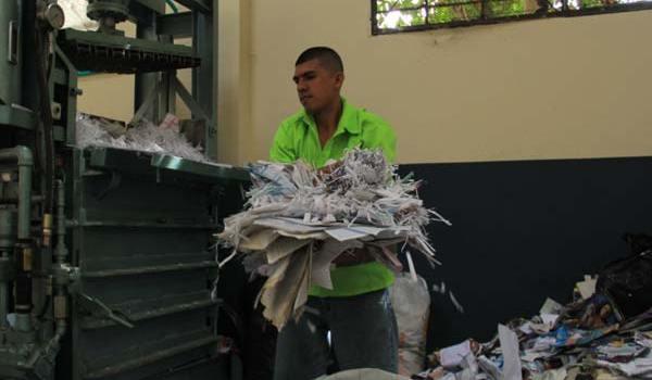 historias-en-papel-de-los-recicladoresboljul12