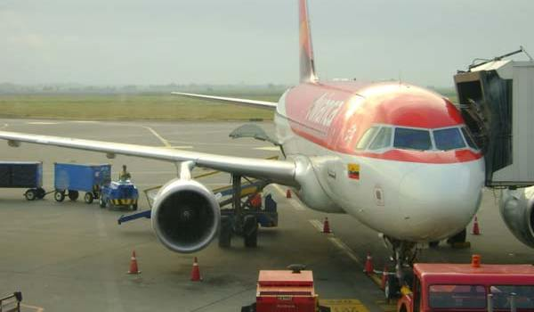 aeropuerto-avion-jun-21