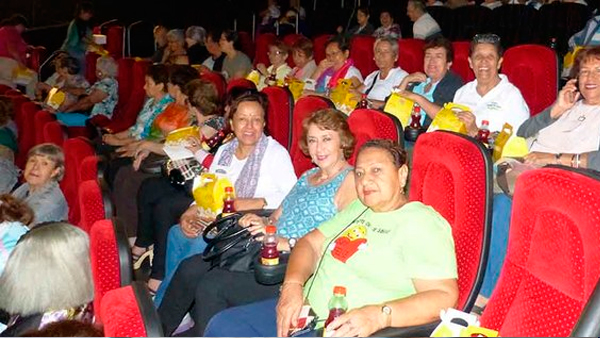 Continúan las jornadas de cine gratuito para adultos mayores ...