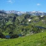 L'étang Noir, l'étang Bleu et le pic de Tarbesou