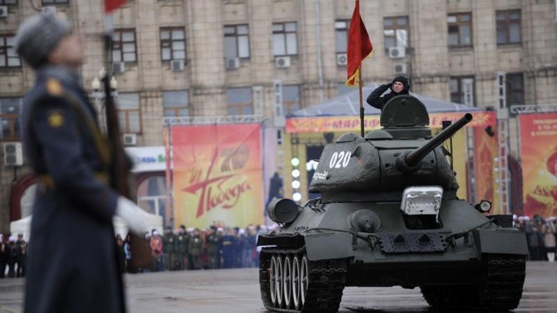Aleksandrow twierdzi, że jeśli USA wejdą do Syrii, rosyjskie wojsko powinno zająć kraje bałtyckie