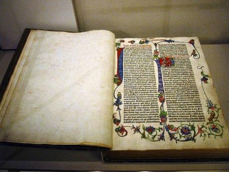 Povijest knjige - prva tiskana knjiga